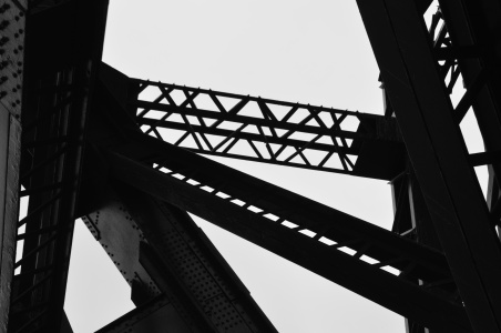 Tyne Bridge close-up 2