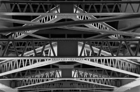 Tyne Bridge close-up 1