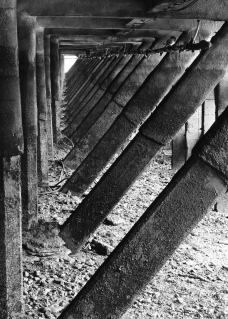 Wooden & iron supports at Scarborough dockside