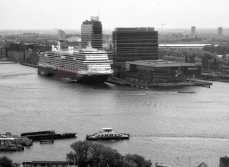 Movenpick, Bimhuis & Ship