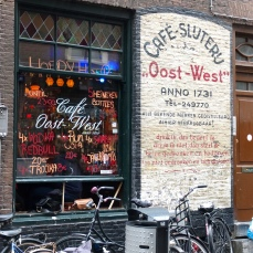 Cafe Oost-West